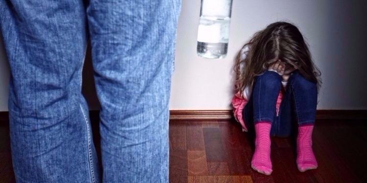 سليانة : إيقاف أب متهم بالإعتداء جنسيا على إبنته ذات الـ 14 سنة
