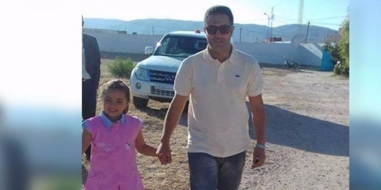رئيس منطقة الحرس الوطني بتالة يرافق ابنة الشهيد 'عبد الوهاب نصير' إلى المدرسة (صور)