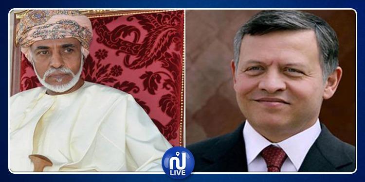ملك الأردن وسلطان عُمان يتسلمان دعوة لحضور القمة العربية بتونس