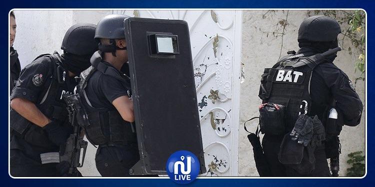 المحرس: القبض على 5 أشخاص يتواصلون مع ارهابيين بـ'السكايب'