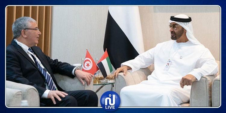 وزير الدفاع يلتقي نائب القائد الأعلى للقوات المسلحة الإماراتية