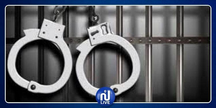 Jendouba: deux responsables arrêtés pour corruption…