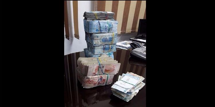 قفصة: القبض على وسيط لعملية هجرة غير شرعية بحوزته 91 ألف دينار