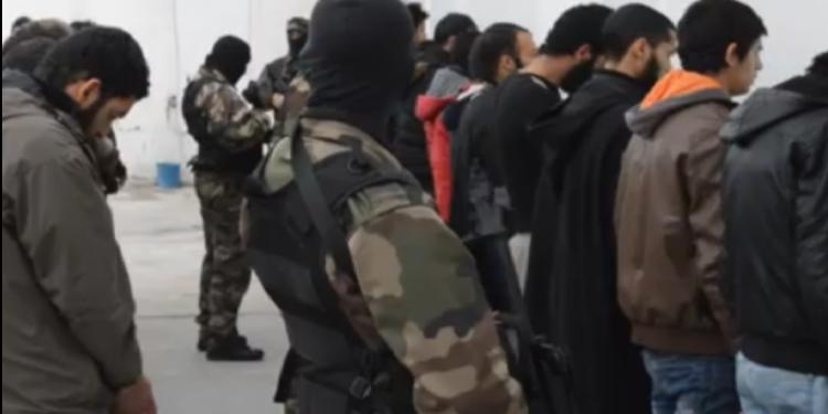 تطاوين:تفكيك شبكة مختصة في تهريب الإرهابيين