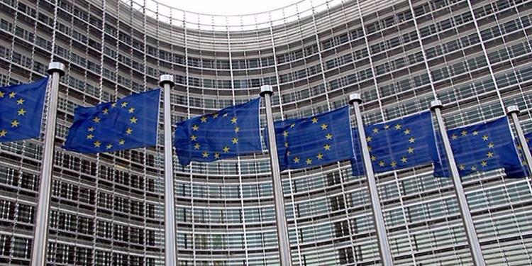المفوضية الأوروبية تقاضي دولا رفضت استقبال اللاجئين