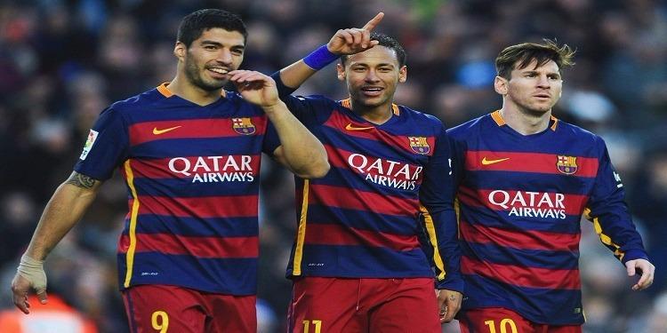 الإمارات : السجن 15 سنة لكل من يرتدي قميص برشلونة !