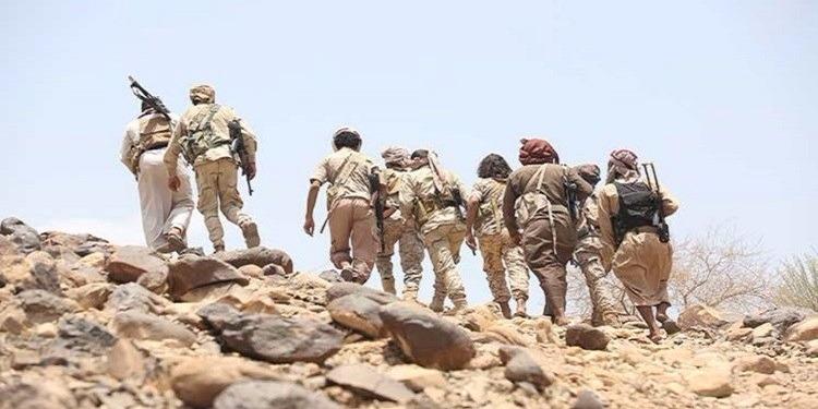 اليمن: زعيم تنظيم ''القاعدة'' يسلم نفسه لقوات الأمن