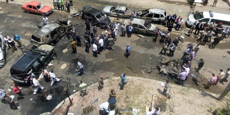 اغتيال النائب العام المصري في تفجير في القاهرة