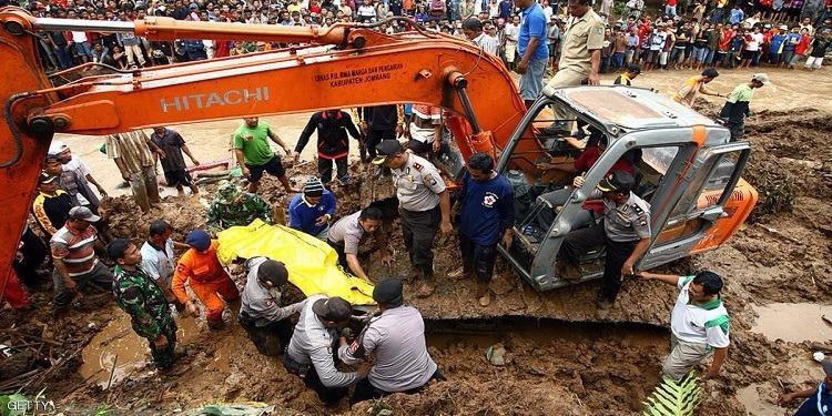 إندونيسيا: قتلى ومفقودون في انزلاق أرضي