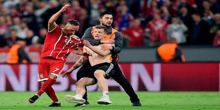 Le Bayern défait à domicile, Ribéry agressé par un ultra