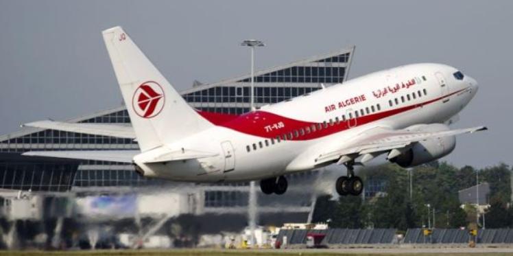 الجزائر: تعليق الرحلات الجوية مع العاصمة الليبية