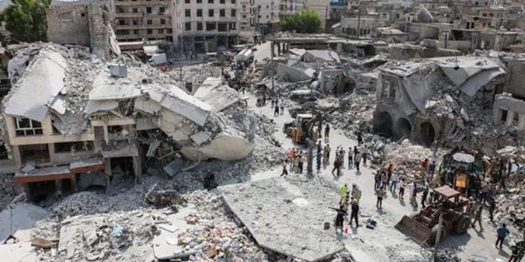 25 قتيل إثر سقوط طائرة حربية في سوريا