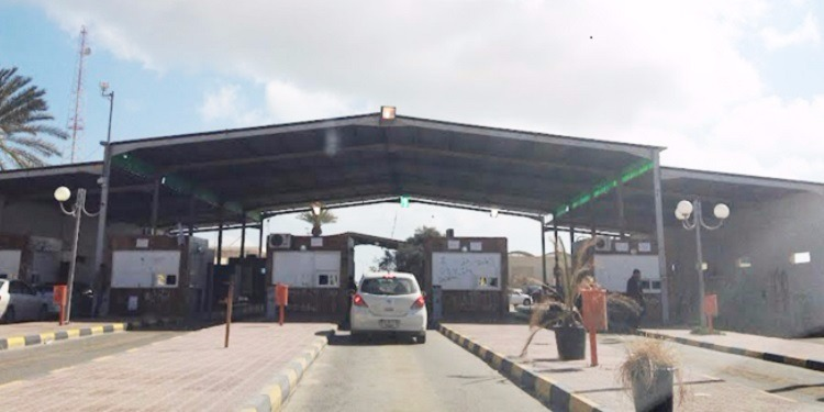معبر راس جدير: القبض على تونسي بحوزته 60 كلغ من الذهب و مبلغ مالي من العملات الاجنبية