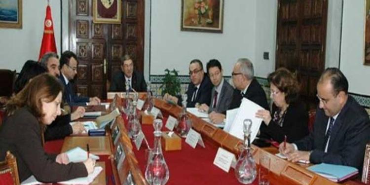 الحكومة تدرس مشروع قانون أساسي يتعلق بالمحكمة الدستوريّة