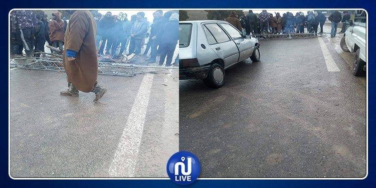 محتجون يقطعون الطريق الوطنية رقم 5 بين الكاف وساقية سيدي يوسف