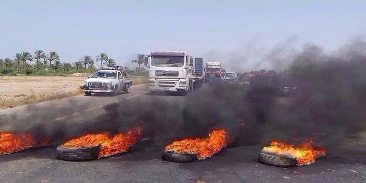 صفاقس: شجار بين عرشين، غلق الطريق وإستعمال الغاز المسيل للدموع... من أجل إمرأة