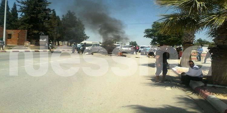 برقو - سليانة: قطع الطريق الوطنية إحتجاجا على عدم توفر الخبز في اول أيام رمضان