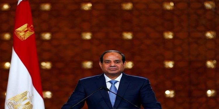 السيسي محذرا المصريين: ''من ينجب 4 أولاد سيحاسب أمام الله'' !