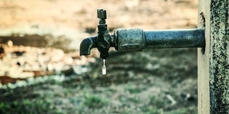 جندوبة:تعطيلات مشروع المحاور الكبرى تحرم 300 عائلة من الماء الصالح للشرب