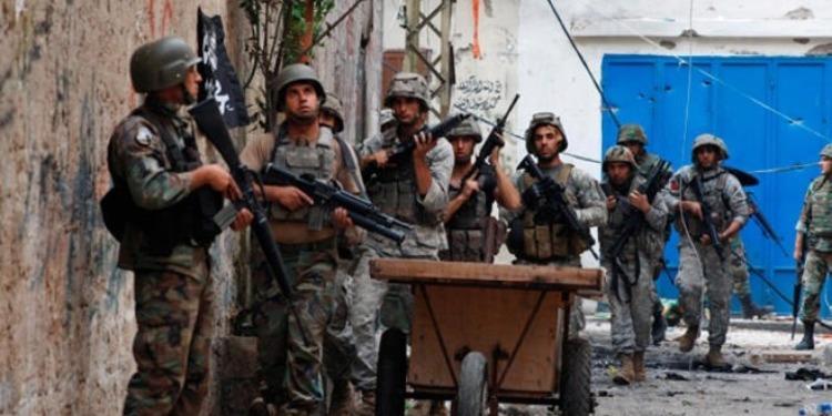الجيش اللبناني يعلن مقتل أحد جنوده ومتشدد في مداهمة بطرابلس