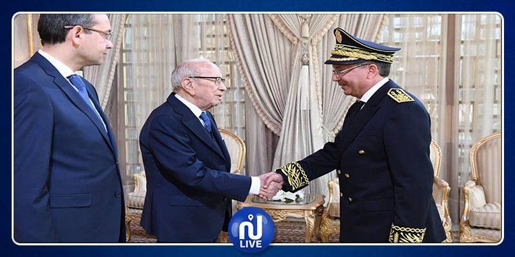 رئيس الجمهورية يشرف على موكب أداء اليمين لوالي سليانة الجديد(فيديو)