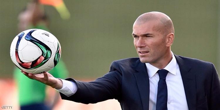 زيدان غير واثق من الاستمرار في قيادة فريق ريال مدريد الموسم المقبل