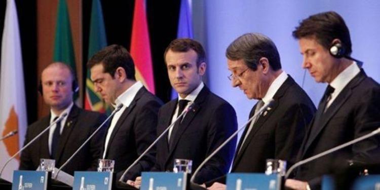 Macron refuse de renégocier l'accord sur le Brexit