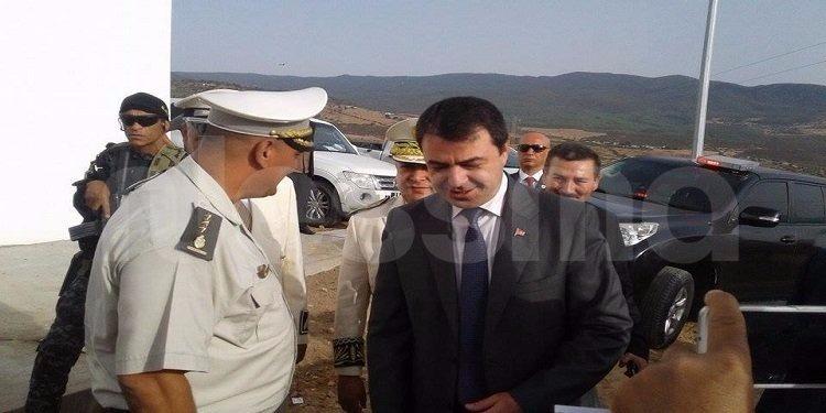 وزير الداخلية يدشن المركز الحدودي المتقدم بغار الدماء ويؤكّد: المخاطر الأمنية مازالت قائمة (صور)