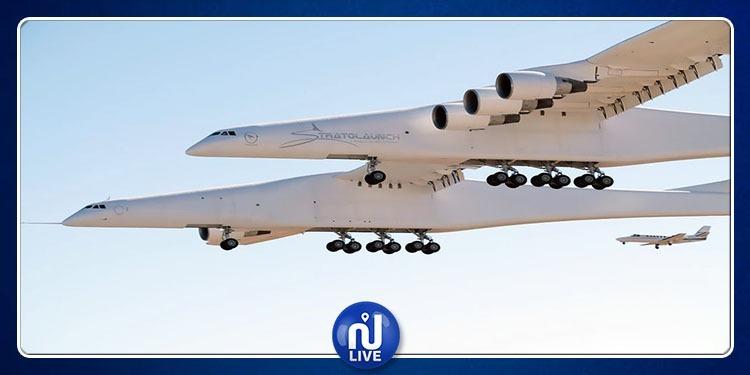 Etats-Unis: Le plus grand avion du monde a volé pour 1ère fois