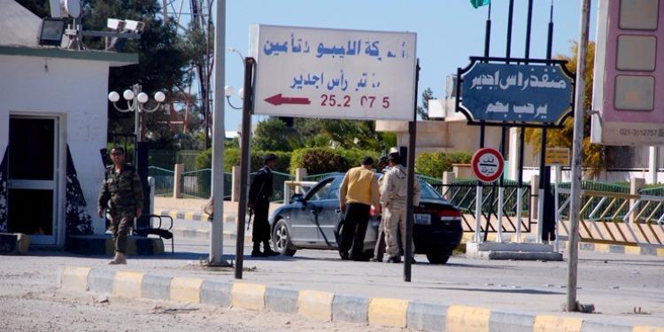 راس جدير: ضبط مصاب ليبي ينوي الدخول لتونس بجواز سفر مزيّف