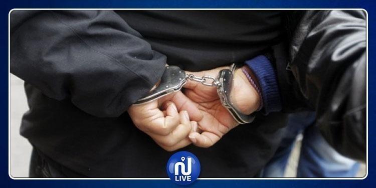 باجة: بينهم أمني وعسكري..السجن لـ4 أشخاص من أجل براكاج