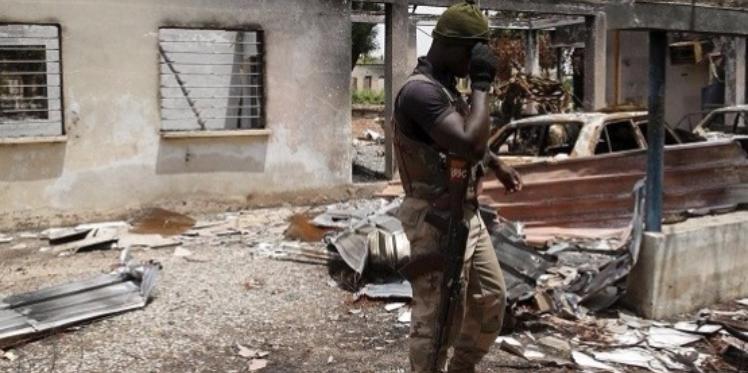 الصومال: مقتل 50 جنديا كينيا في هجوم على قاعدة عسكرية