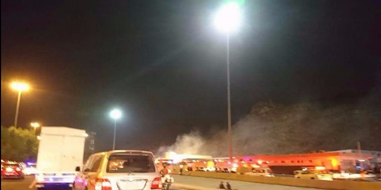 اندلاع حريق بمستودع في مكة المكرمة