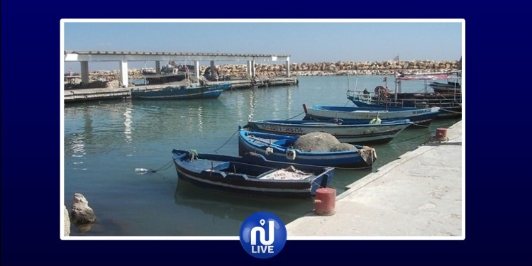 قابس: قرار بإيقاف تركيز القوالب الإسمنتية لتهيئة ميناء الصيد البحري