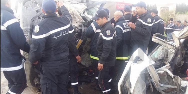 زغوان: إصطدام سيارة نقل ريفي وشاحنة وجرار فلاحي يسفر عن وفاة شخص  (صور)
