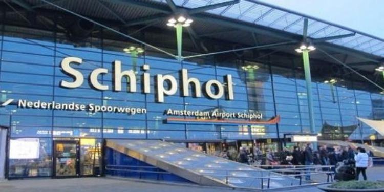 الرياح تلغي كل الرحلات الجوية بمطار ''سخيبول بأمستردام''