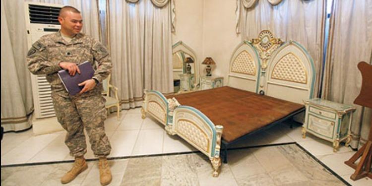 من هي الفنانة التي نامت في سرير صدام حسين ؟ (صورة)