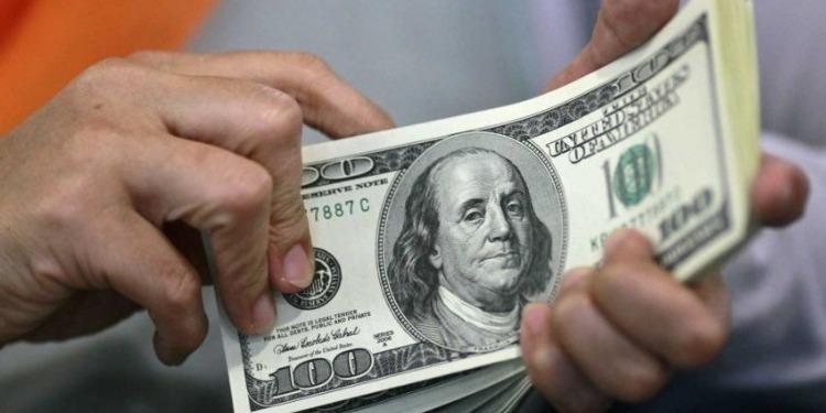 بعد تصريح ترامب.. الدولار يتعافى