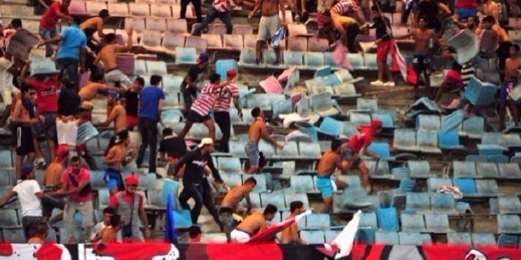 أعمال العنف بملعب رادس: 6 أشهر في حق أحد المتهمين بتطاوين وعائلته تندد