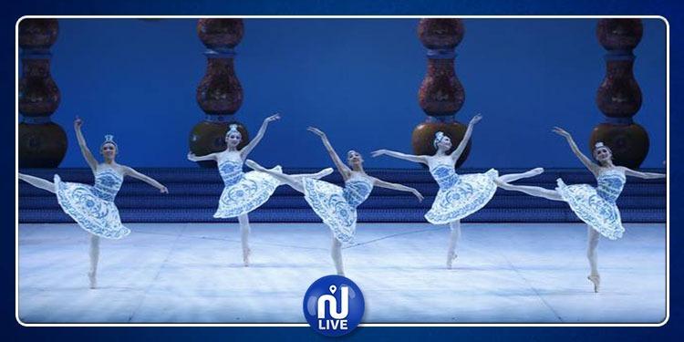 La cité de la culture chante et danse chinois...