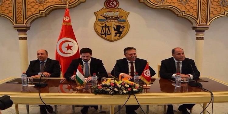 العلاقات الثنائية التونسية المجرية محور لقاء كاتب الدولة للشؤون الخارجية بنظيره المجري