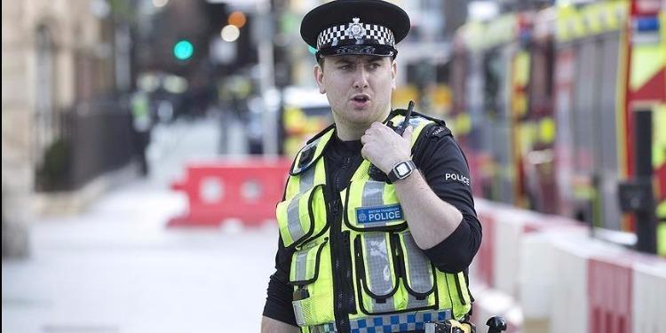 بريطانيا: إلقاء القبض على 4 أشخاص على صلة بحادثتي طعن