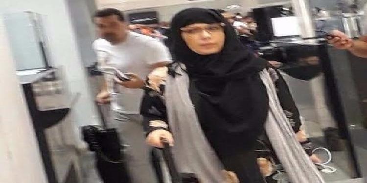 أصالة تختفي في مطار القاهرة الدولي!